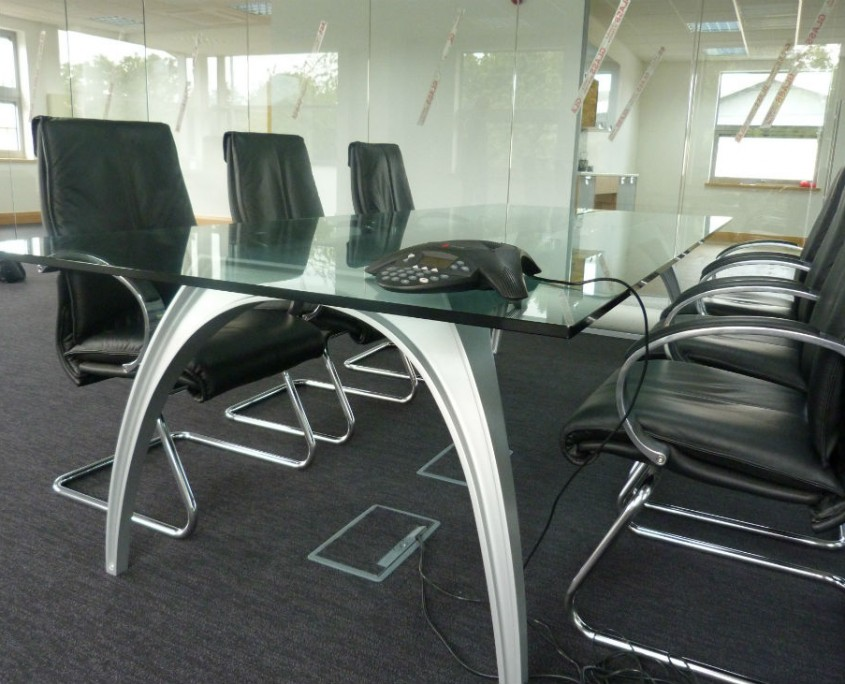 ITC UK - Office Furniture Delivery & Installation