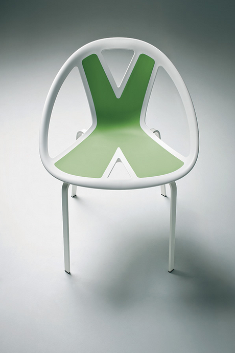Extreme Chair - Bistro Chairs - Bistro Furniture - Breakout Furniture