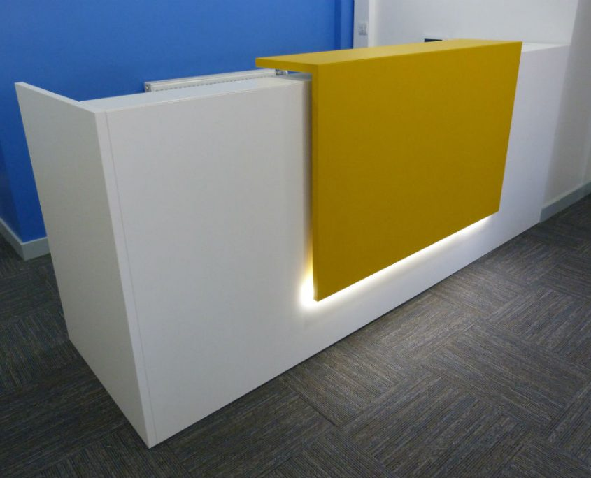 Z2 Reception Desk - Reception Desk - Reception Furniture