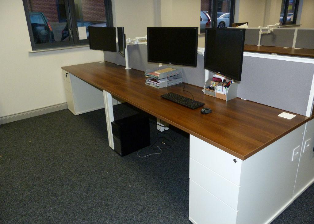 Office Desks - Hartley Wadsworth & Partners - Office Furniture Delivery & Installation