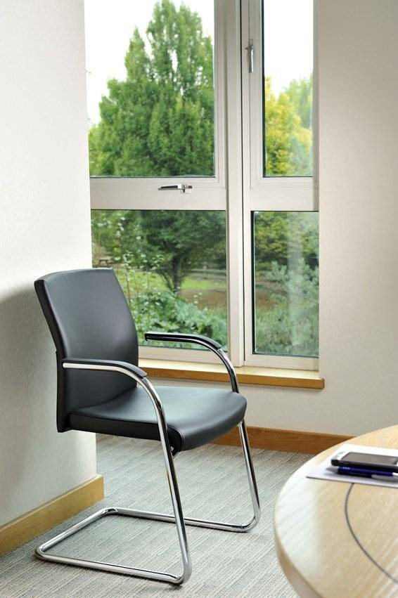 Class meeting chair in situ