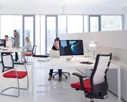 Hot desk modern office
