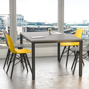 Product picture of the rectangular Knok Table with grey tabletop and black metal frame